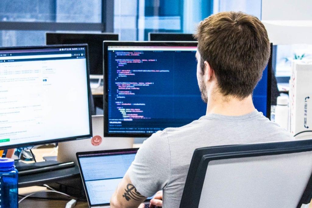 Visual Studio Professional - Graphic Production - Dendrio